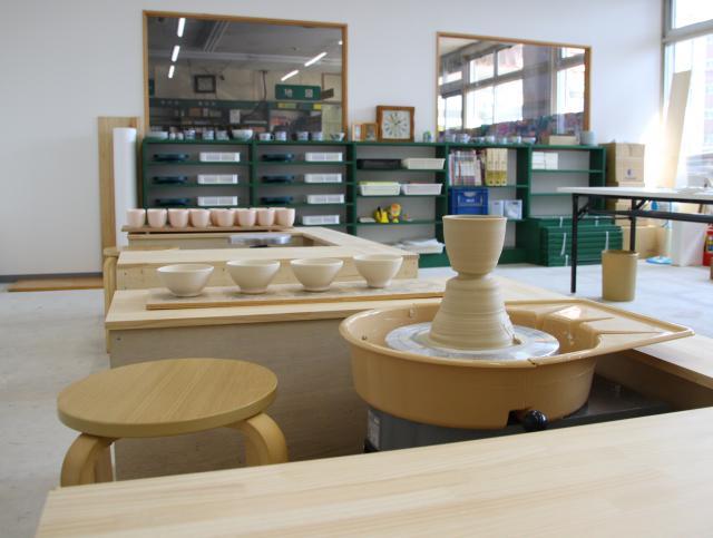 [キニナルッ]アテネ書店内にて陶芸教室がスタート!