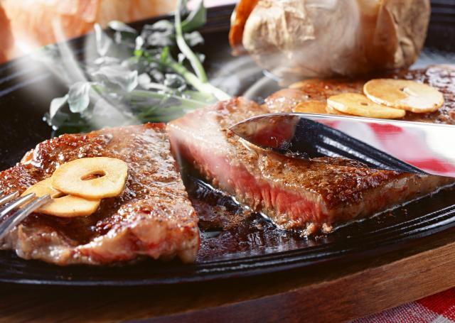 [キニナルッ]5月限定キャンペーンステーキ食べ放題が1,300円割引!