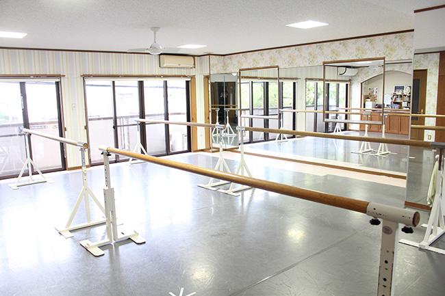 [OPEN]元プロの先生が指導する少人数バレエ教室[学校・塾・教室]