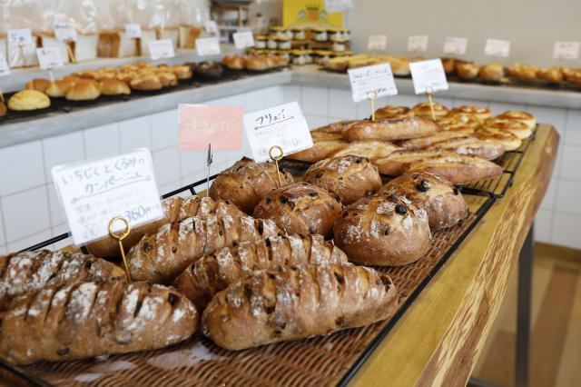 [OPEN]30種類以上のパンが並ぶハード系が得意なパン屋[グルメ]