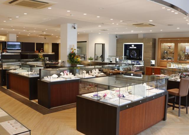 [OPEN]腕時計、ブライダルジュエリーの 老舗が店内レイアウトを一新[ショッピング]