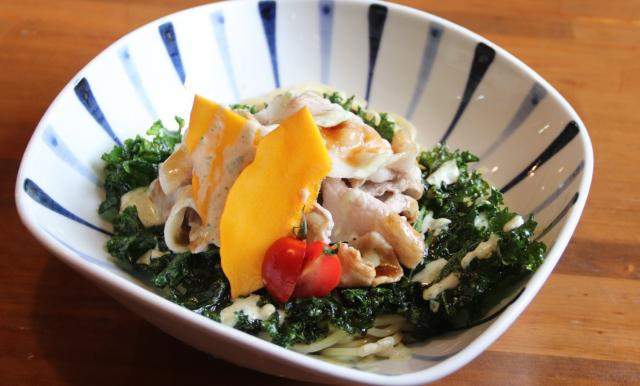 [キニナルッ]「青空食堂」と「つけめん真中」の夏季限定コラボ冷麺が新登場!