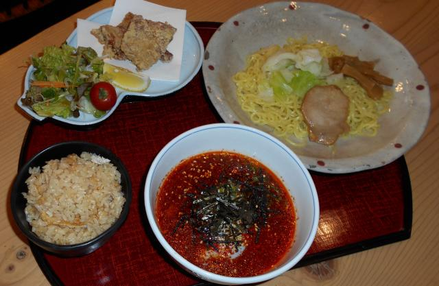 [キニナルッ]和食処の「はるたけ」よりランチ限定のピリ辛つけ麺が新登場!