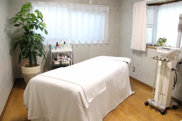 [OPEN]完全個室の小顔コルギ専門店で左右対称の美しい輪郭美を体験[健康・美容・エステ]