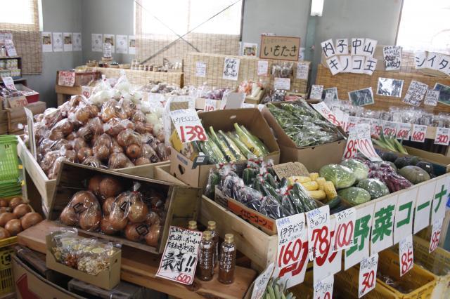 [OPEN]新鮮で安心な青果物が並ぶ若手農家が営む産直市場[ショッピング]