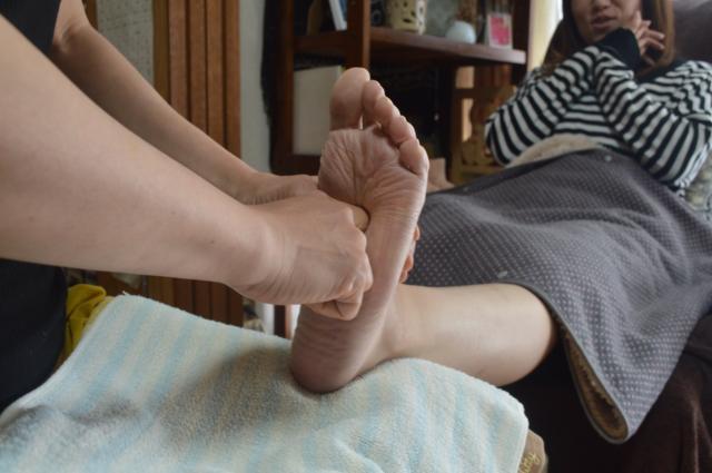 [キニナルッ]足から悩みにアプローチするエステメニューが初回限定で500円OFFに!