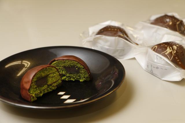 [キニナルッ]山田屋自慢のこしあんを使った新商品「抹茶ドームクーヘンショコラ」が登場!