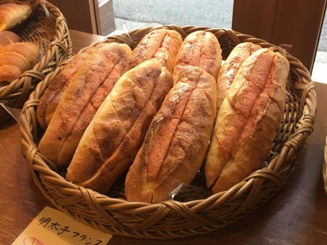 [OPEN]手頃な価格で食べ応えのある焼き立てパンを[グルメ]