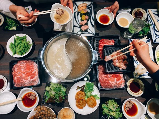 [OPEN]家族連れや大人数宴会に◎しゃぶしゃぶと寿司が食べ放題[グルメ]