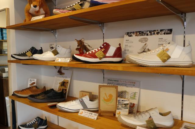 """[OPEN]""""靴""""を通して生活を豊かに好みの一足が見つかる店![ショッピング]"""