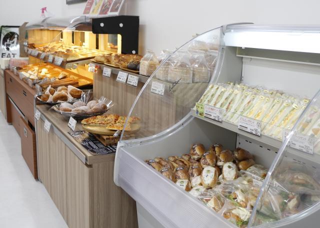 [OPEN]大手パンメーカーが手掛ける焼きたてのパンが味わえる店[ショッピング]