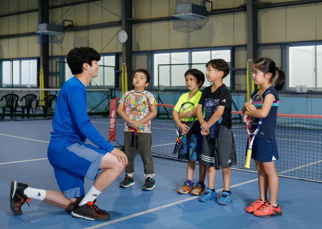 [OPEN]快適にレッスンを楽しめる冷房完備のテニススクール[学校・塾・教室]
