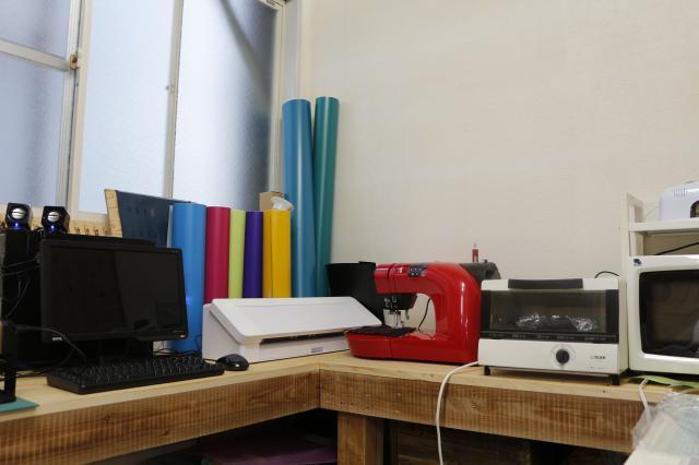 [キニナルッ]「ハナウタ工作室」に、ミシン新登場!  試し使いの場としての利用にも最適